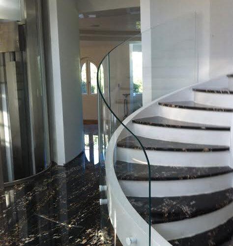 azienda scale in vetro