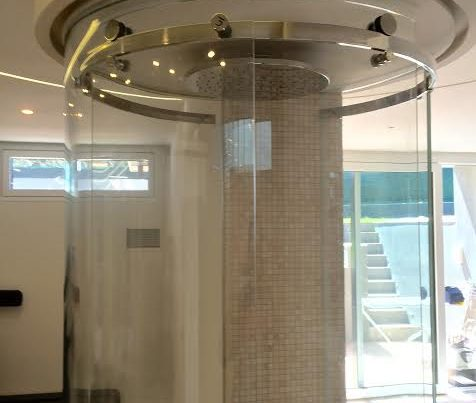 Box doccia in vetro curvo