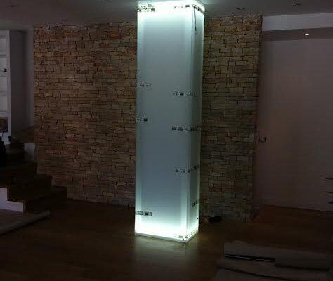 produzione rivestimenti in vetro luminosi