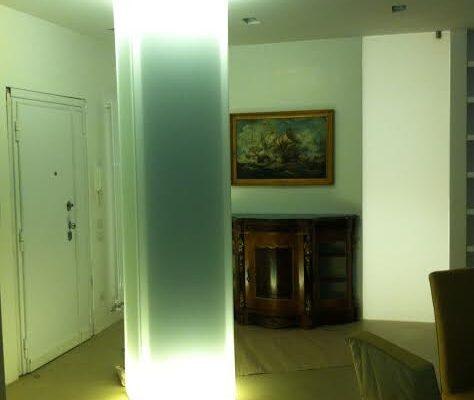 rivestimenti curvi in vetro luminosi