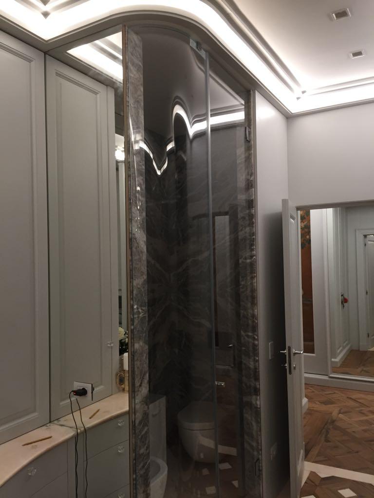 Realizzazione box doccia in cristallo su misura